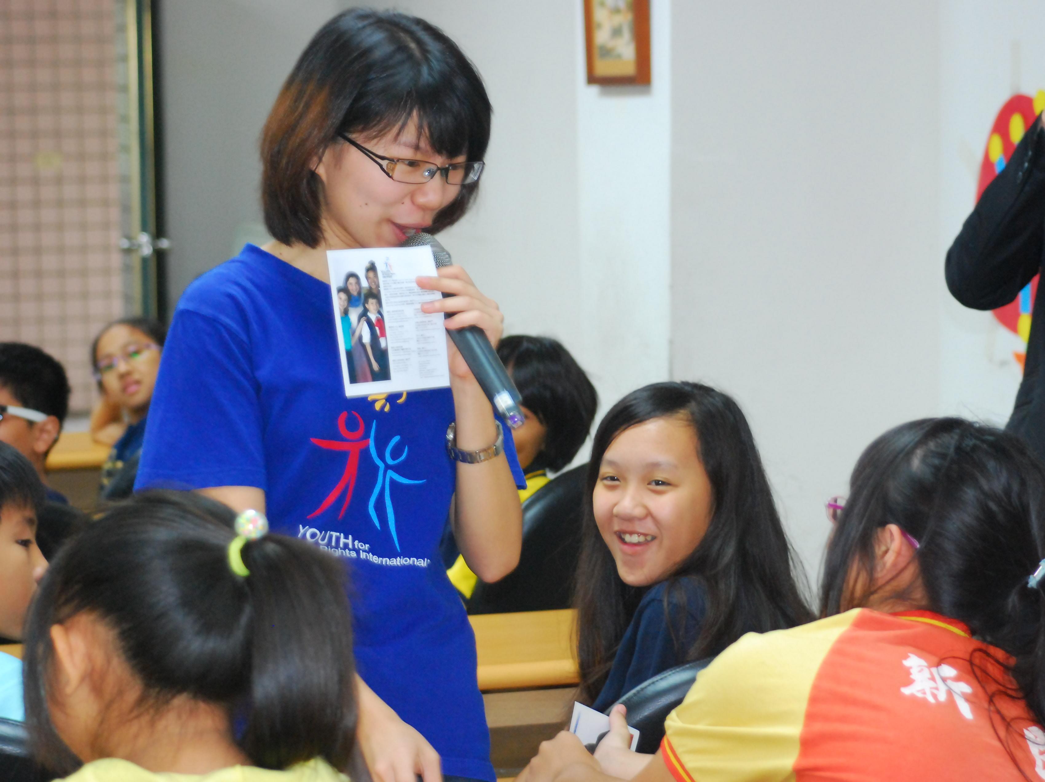 創新人權教學 小六女淡定說:「要尊重他人!」