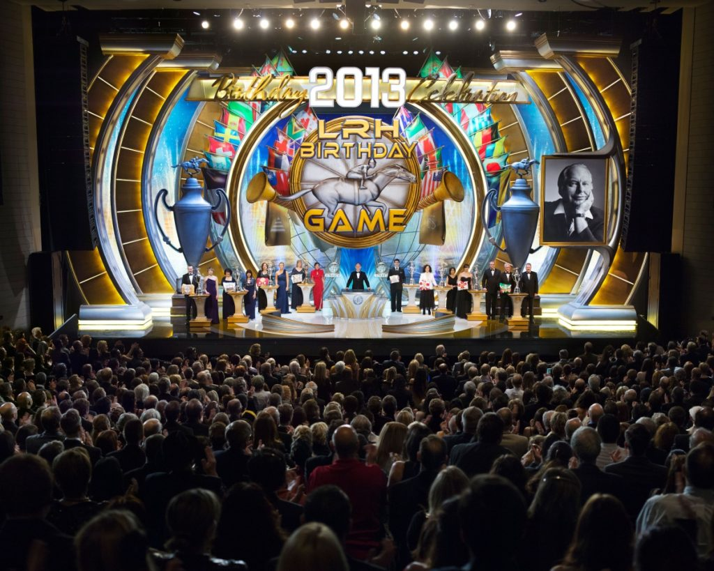 04-scientology-march-13th-2013-awards-on-stage