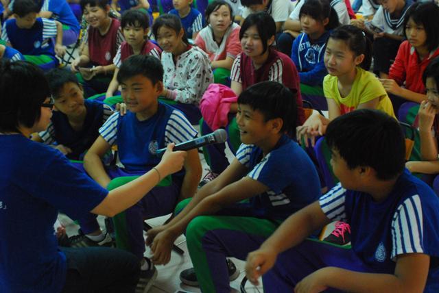 青少年人權大使講授人權 跳脫死板 教師驚嘆不思議